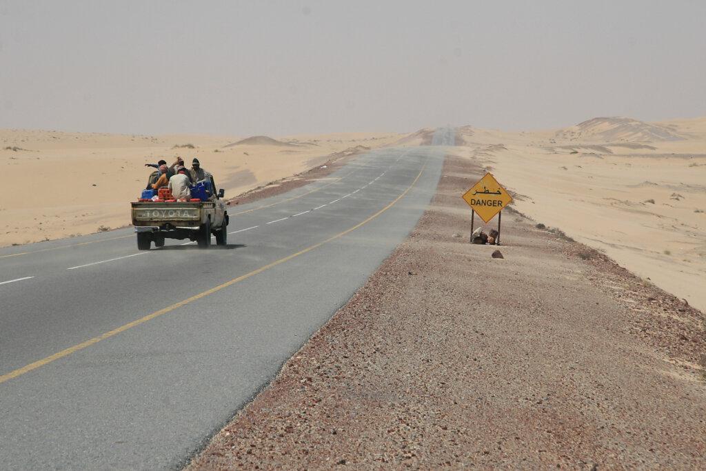 Küstenstrasse nach Salalah / Coastal Road to Salalah