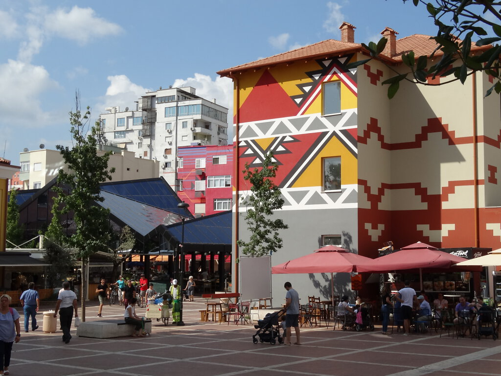 Tirana - die Hauptstadt  / the Capital
